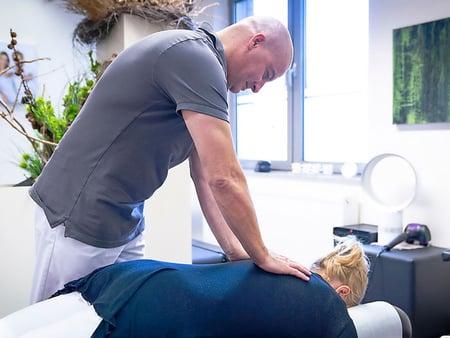 Behandlung Rücken