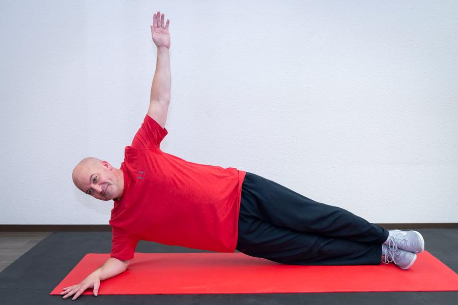 rueckenuebung-ohne-geraete-side-planking